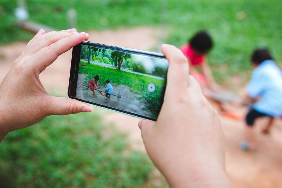Take Photo Using Android Camera