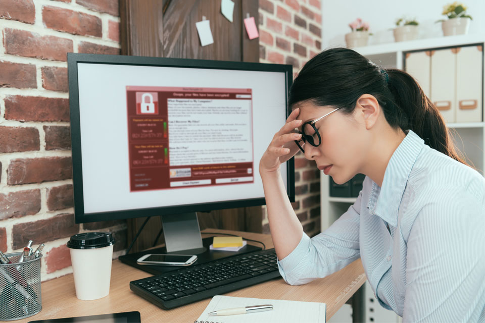 Computer Getting Blackmail Virus
